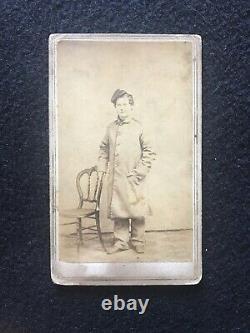 Antique Poughkeepsie New York Young Civil War Soldier In Uniform Cdv Photo