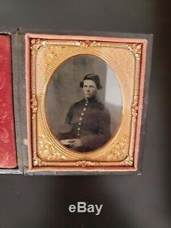 CIVIL WAR Andersonville POW Ambrotype Id'd 152nd New York Quarter Plate