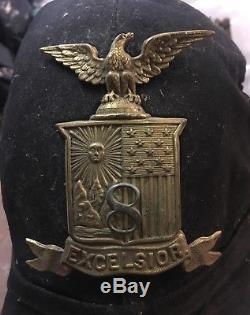 Civil War 8th NY Infantry Or Artillary EXCELSIOR Co Brass Badge And Hat