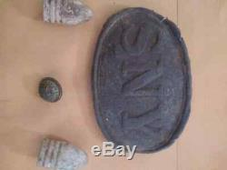 Civil war SNY belt buckle, new york button and 2 3ring bullets (dug)