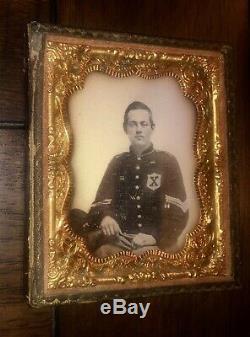 Rare DAGUERREOTYPE Civil War Soldier 10th LEGION 56TH NEW YORK BLACK X PATCH