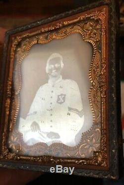 Rare DAGUERREOTYPE Civil War Soldier 10th LEGION 56TH NEW YORK BLACK X PATCH